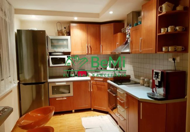 REZERVOVANÉ ! Predáme veľký 3 izbový zrekonštruovaný byt - Tlmače (717-113-AFI)