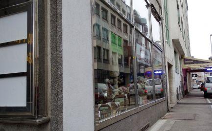 Úžasný obchodný priestor na Kolárskej ulici s výkladom na ulicu