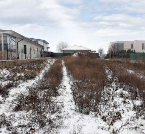 REZERVOVANÉ -Ideálny stavebný pozemok už s IS na pozemku - kúpou volný + vynikajúce športové vyžitie - Čunovo - Schengenská