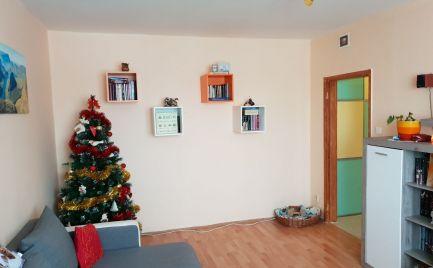 Rezervované - Veľmi pekný, 2.izbový byt v Dúbravke na Nejedého ulici - 52,54 m2