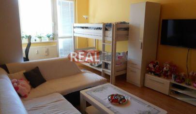 REALFINN REZERVOVANÉ  Predaj, dvojizbový byt s balkónom Nové Zámky