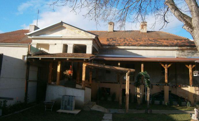 EXKLUZIVNE !.rodinný dom v obci Sľažany
