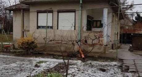 Kuchárek-real: Ponuka rodinného domu v obci Veľký Grob.