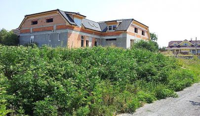 BRODZANY,   polyfunkčná budova 1070 m2, okr. Partizánske