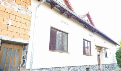 Lovce, rodinný dom, pozemok 2100 m2, okr. Zlaté Moravce