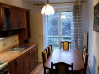 Ponúkame zariadený krásny,  slnečný 3 izbový tehlový byt 76m2 s parkovacím miestom ul. Študentská .