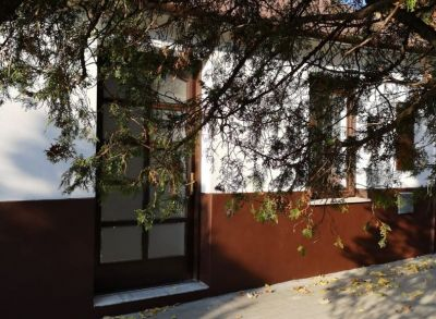 Areté real, Predaj obchodného priestoru v tichej lokalite v Modre