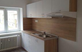 Ponúkame Vám na prenájom 2 izbový byt, 64 m2, kompletná rekonštrukcia, Nová Dubnica.