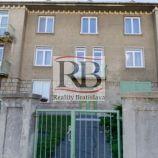 Veľmi pekný, tichý 3-izbový byt na Bradlianskej ulici v Starom meste