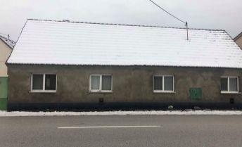 Starší rodinný dom s krásnym pozemkom - Kúty