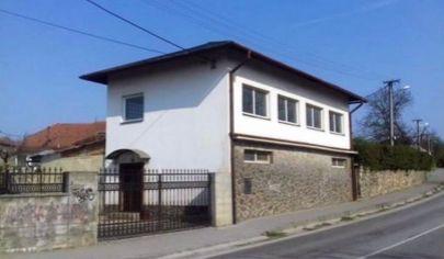ŽABOKREKY NAD NITROU  dom výrobné a skladové priestory, pozemok 318 m2  okr. Partizánske