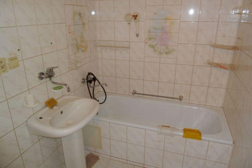 Predaj 4 izbový byt Poltár-2