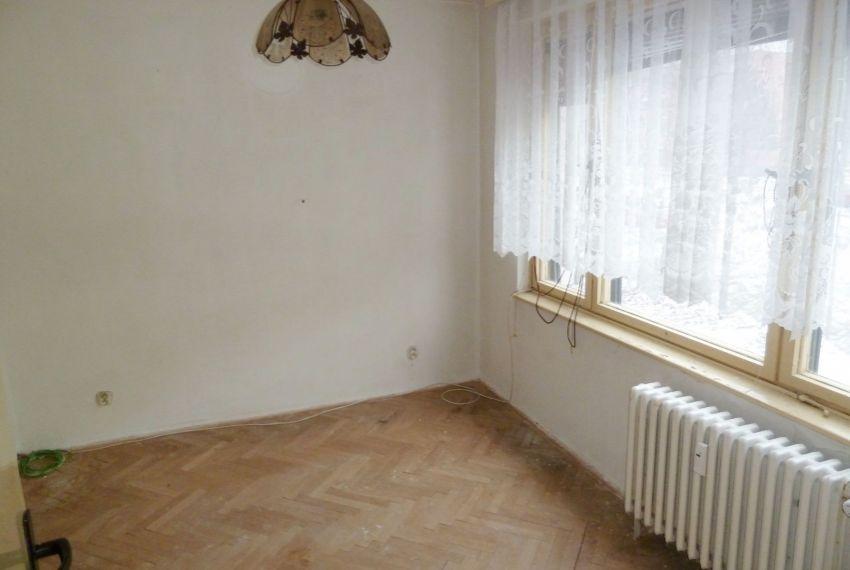 Predaj 4 izbový byt Poltár-6