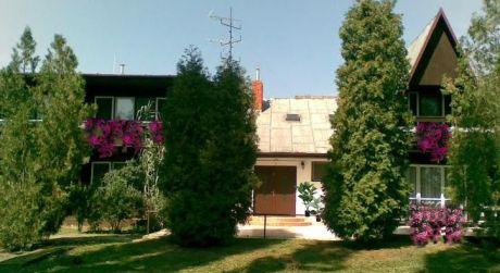 Predaj - Dvojpodlažný penzión v Patinciach