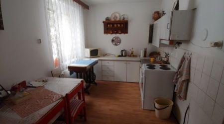 Ponúkame na predaj veľmi pekný 2 izbový byt v Žiline.