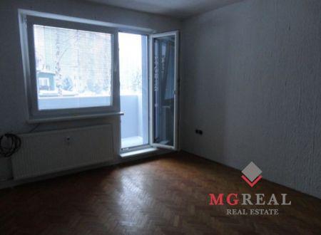 Znížena cena! 3-izbový byt v Prievidzi na predaj