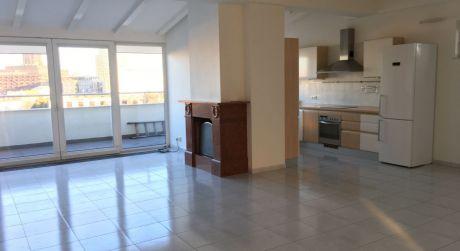 Prenájom 4 izbového bytu v novostavbe na Čajkovského ulici v centre