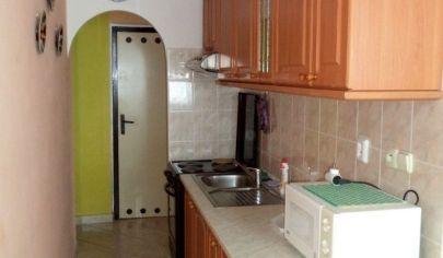 BÁNOVCE NAD BEBRAVOU, 3 izbový byt s balkónom rozloha 82 m2