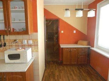 Exkluzívne predáme 3-izbový byt v Seredi