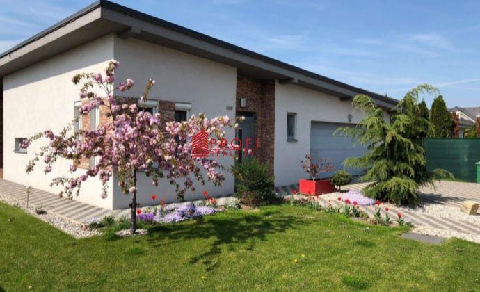Akcia len na pár dní znížená cena za novostavbu 4-izbového bungalovu v obci Kútniky, časť Blažov