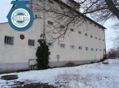 Exkluzívne len v Maxfinreal - Polyfunkčná budova - Kuklov/ okres Senica