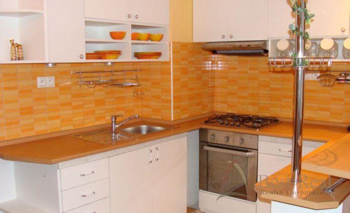 Best Real - bývanie na Kolibe, 2izb. byt, kompletne zariadený, príjemné prostredie, len pár min. do centra.