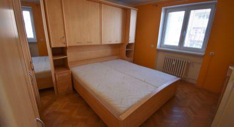 Na prenájom 2 izbový byt s lodžiou, 65 m2, Trenčín, ul. Inovecká