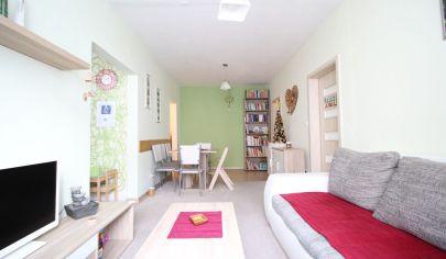 Realitná kancelária SORTier s.r.o. ponúka na predaj priestranný 3 – izbový byt v mestskej časti Nové mesto v Bratislave.