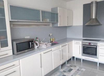 ART REAL ESTATE ponúka na prenájom zariadený 3-izbový byt na Šustekovej ul. – Bratislava -Petržalka