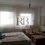 1izbový byt na Páričkovej ulici v Ružinove
