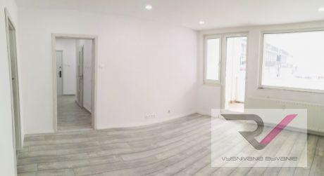 Na predaj komp. zrekonštruovaný 3 izbový byt 70m2 - Dubnica nad Váhom