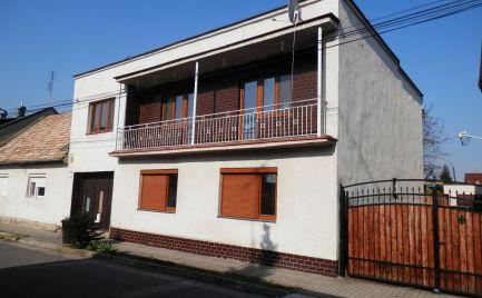 Dvojpodlažný zrekonštruovaný rodinný dom Opatová ID 2038