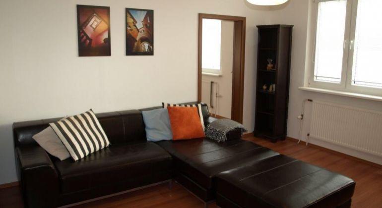 Priestranný a čiastočne zariadený 4 izb. byt na predaj