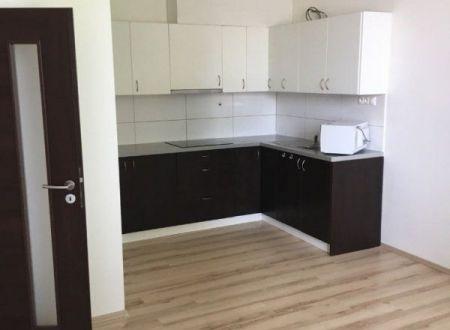 Predaj 2 izbového bytu v širšom centre mesta Senica