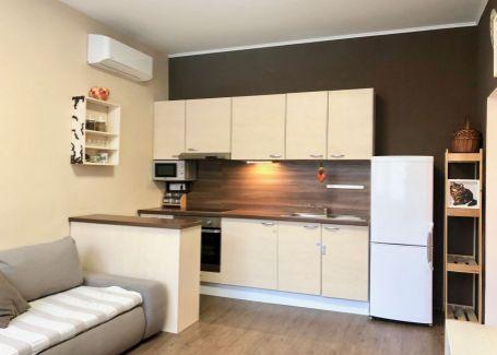 PREDANÉ  -  DELTA - Zariadený 2 izb. byt v projekte Papaver, Ružinov, 48m2