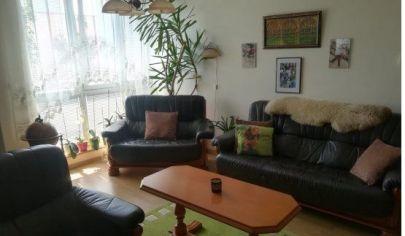 Na predaj 2.izbový byt Karlova Ves, Matejkova, zariadený s balkónom.