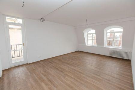IMPEREAL - Predaj - Apartmán 60,89 m2, 5/5 posch., Staré mesto – Gunduličova ul. -Bratislava I.