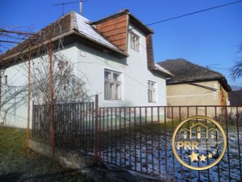 Predaj RD s pozemkom 1011m2 v obci Tr.Mitice pri Trenčíne.