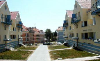 Prestížna lokalita - 1izbový byt JUŽNÁ - loggia+garážové  státie-Výborná ponuka! KOMPLETNÁ REKONŠTRUKCIA!