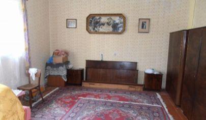 VRÚTKY - rodinný dom s pozemkom 2000m2.okr Martin