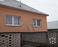 DIAMOND HOME s.r.o Vám ponúka na predaj 6 izbový čiastočne prerobený rodinný dom v obci Veľké Blahovo.