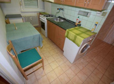 Prenájom 1 izbového bytu s internetom a energiami, Teplická ulica, Piešťany