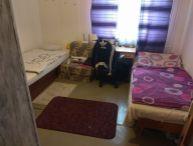 Voľné jedno miesto pre študentku spolu v izbe so študentkou v 2 izbovom byte na sídl. Družba pri CITY ARÉNE ul. Spartakovská