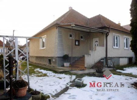 REZERVOVANÉ  -Rodinný dom Hruboňovo Nitra