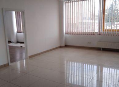 Prenájom kancelárskych priestorov v centre Popradu.