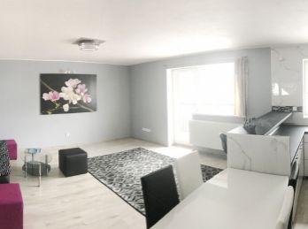 ***PRENÁJOM: Exluzívne zariadený 3 izbový byt v v Marianke!!
