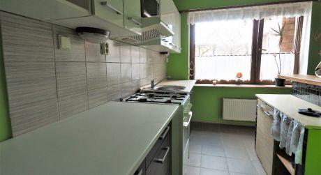 Na predaj rodinný dom 6+2, garáž, 295, m2, Nové Mesto nad Váhom