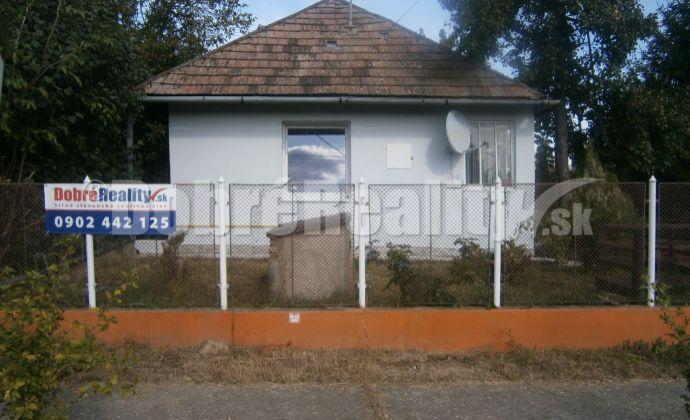 Gazdovský udržiavaný rodinný dom na predaj v obci Jasová, Exkluzívne v Dobrých realitách.