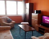 Predaj, väčší 2-izbový byt s balkónom na západe REZERVOVANÉ