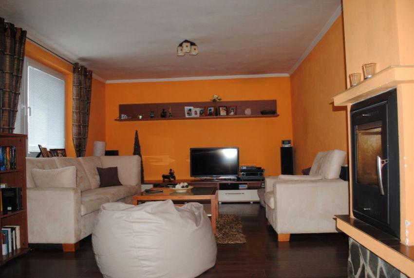 Predaj Rodinné domy Želiezovce-5